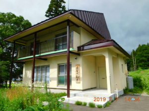 山ノ内町田舎暮らし体験住宅「須賀川んち」