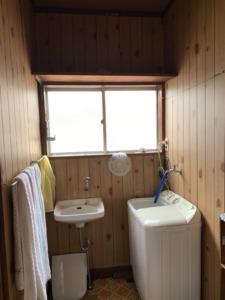 2階 洗面、浴室、トイレ